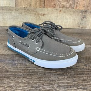 Nautica Boys Sz 4 Boat Shoe Gray Blue